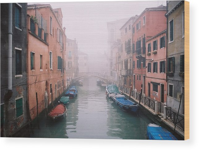 Venice Wood Print featuring the photograph Venice Canal I by Kathy Schumann