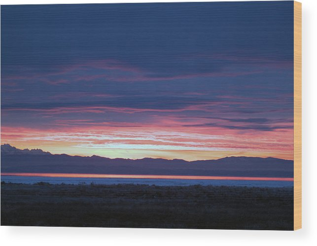 Sunrise Wood Print featuring the photograph Sunrise 2 by Ed Nicholles
