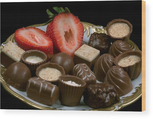 Addiction Wood Print featuring the photograph Chocolate On Plate With Strawberry by Gunter Nezhoda