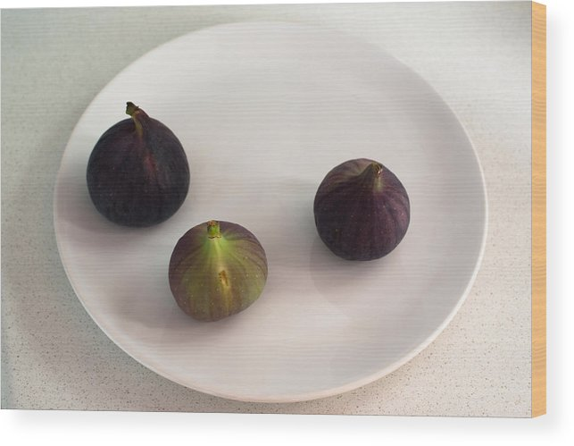 Group Wood Print featuring the photograph Purple Figs On A White Plate by Frank Gaertner