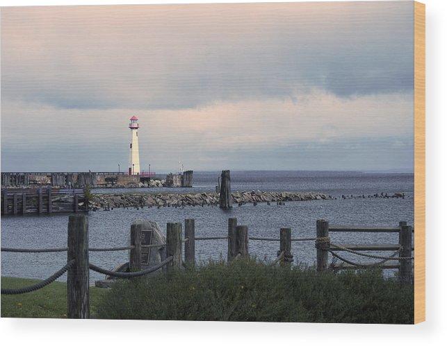 St. Ignace Lighthouse Wood Print featuring the photograph St. Ignace Light by Linda Kerkau