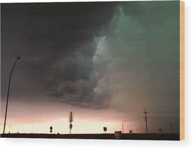 Stormscape Wood Print featuring the photograph Nebraska Panhandle Supercells 15 by NebraskaSC