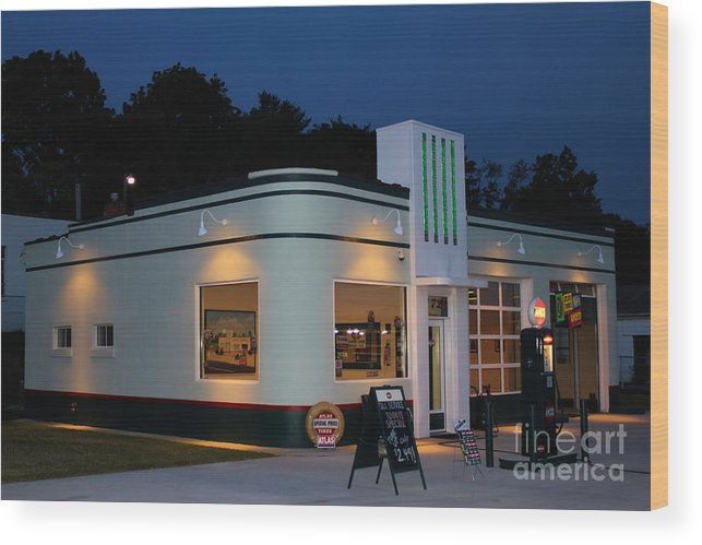Gas Station Wood Print featuring the photograph 1947 Amoco Gas Station by Todd Bandy