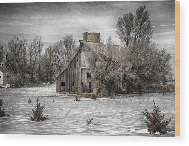 Barn Art Prints Wood Print featuring the photograph 2016 Art Series #23 by Garett Gabriel