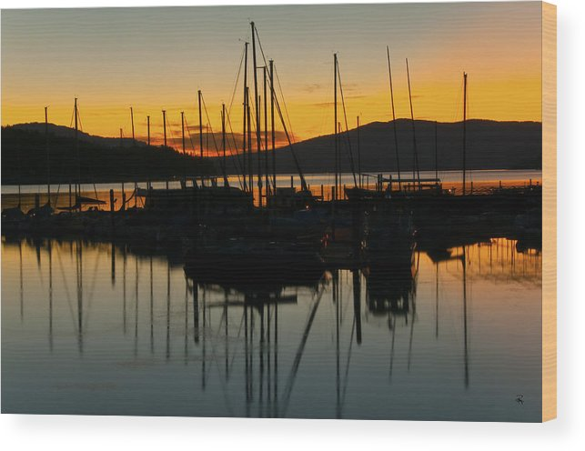 Harbor Wood Print featuring the photograph Gentle Breeze by Randolph Fritz