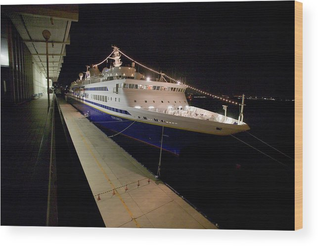 Asia Wood Print featuring the photograph A Cruise Ship At Night Docked by Jonathan Kingston