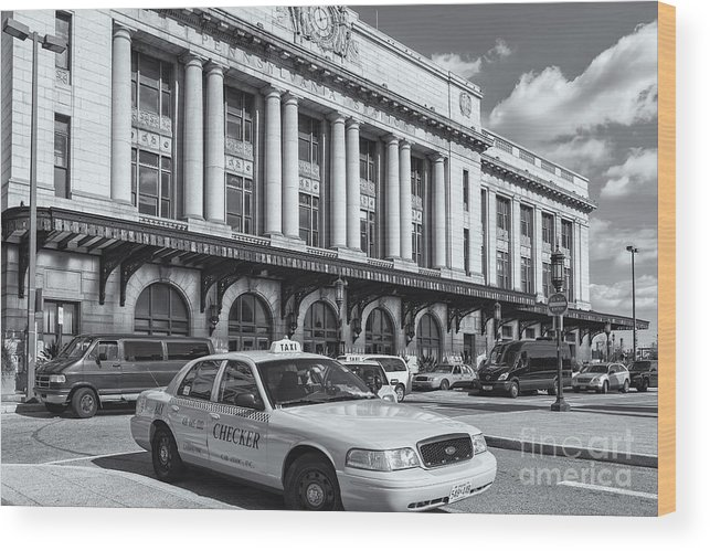 Clarence Holmes Wood Print featuring the photograph Baltimore Pennsylvania Station II by Clarence Holmes