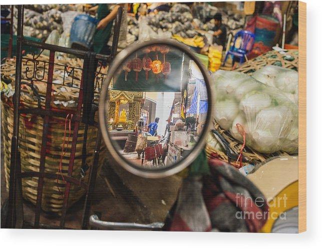 Bangkok Wood Print featuring the photograph Bangkok Market Scene I by Dean Harte