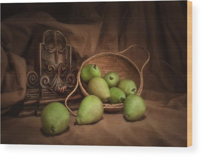Accent Wood Print featuring the photograph Basket Of Pears Still Life by Tom Mc Nemar