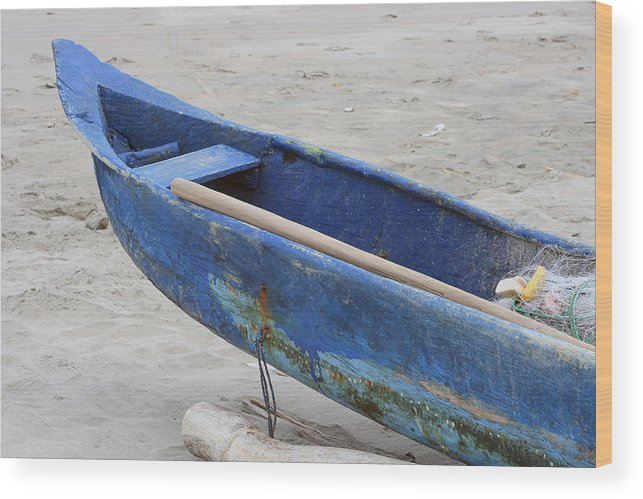 Fishing Boat Wood Print featuring the photograph Bow Of A Blue Wood Fishing Boat by Robert Hamm