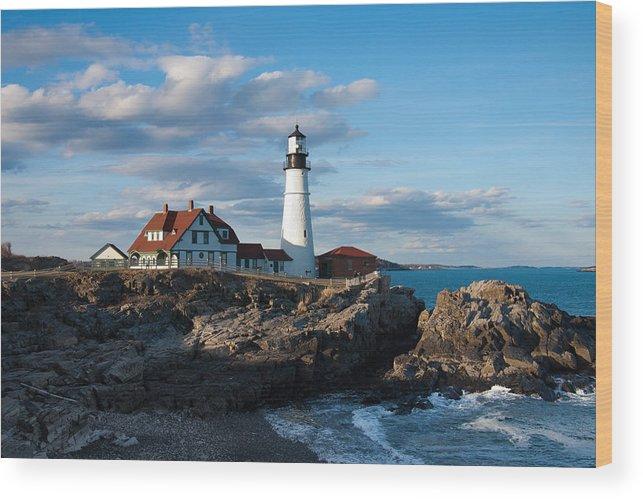 Cape Elizabeth Lighthouse Wood Print featuring the photograph Cape Elizabeth Lighthouse by Will Gunadi