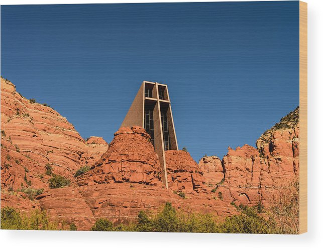 Sedona Wood Print featuring the photograph Chapel Of The Holy Cross by Gavin Baker