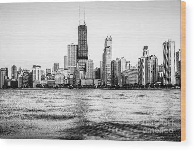 America Wood Print featuring the photograph Chicago Skyline Hancock Building Black And White Photo by Paul Velgos