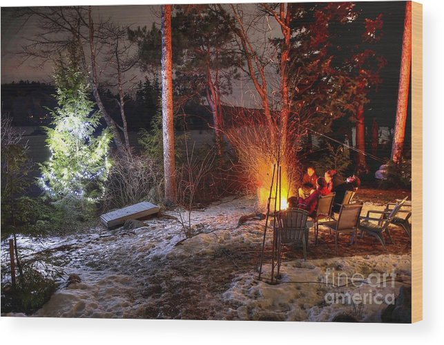 Christmas Wood Print featuring the photograph Christmas In Maine N0088 by Chuck Smith