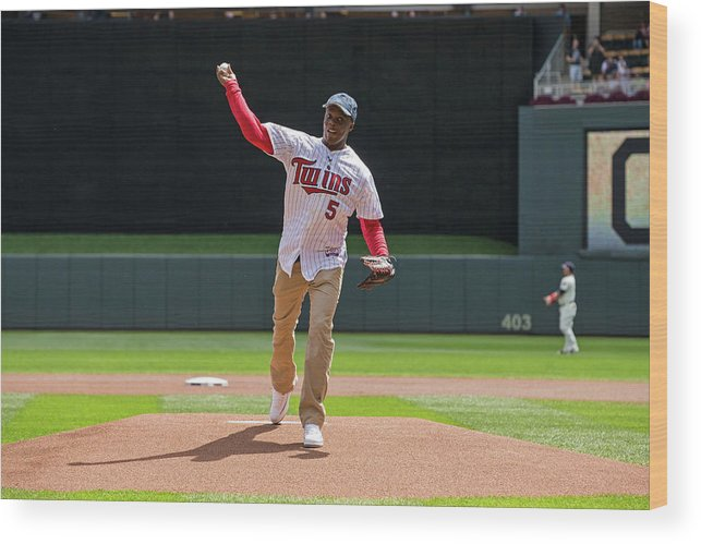Sport Wood Print featuring the photograph Cleveland Indians V Minnesota Twins by Brace Hemmelgarn