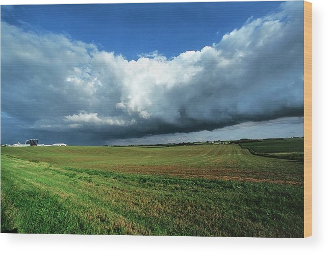 Cloud Wood Print featuring the photograph Cold Front Storm Clouds Over Fields by Jim Reed Photography/science Photo Library