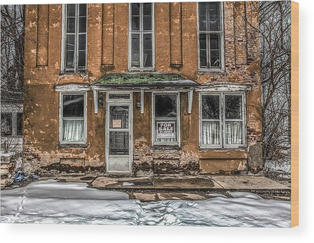 Old House Wood Print featuring the photograph Curb Appeal by Ray Congrove