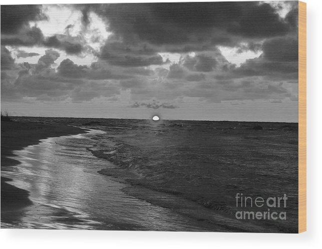 Sunset Wood Print featuring the photograph Day's End by Nina Silver