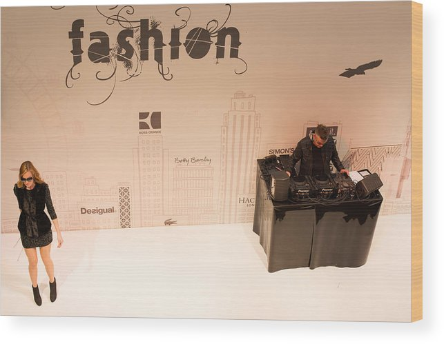 Fashion Wood Print featuring the photograph Fashion Show by Frank Gaertner