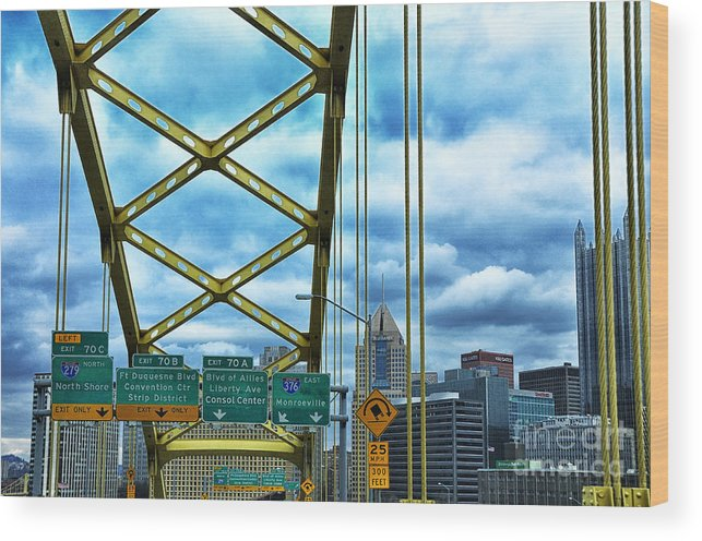Bridge Wood Print featuring the photograph Fort Pitt Bridge And Downtown Pittsburgh by Thomas R Fletcher