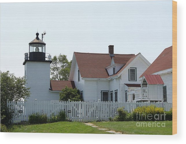Fort Point Light Wood Print featuring the photograph Fort Point Lighthouse by Christiane Schulze Art And Photography