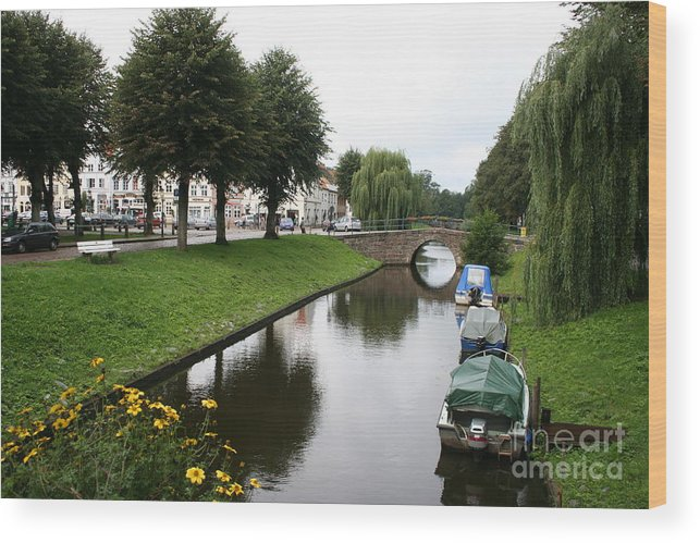 Town Canal Wood Print featuring the photograph Friedrichstadt - Germany by Christiane Schulze Art And Photography