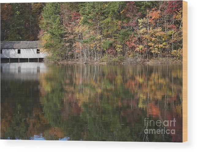 Huntsville Wood Print featuring the photograph Green Mountain Lake by Bill Swindell