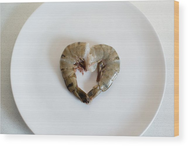 Seafood Wood Print featuring the photograph I Love Seafood by Frank Gaertner
