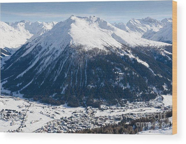 Davos Wood Print featuring the photograph Jakobshorn Davos Mountains And Town Switzerland by Andy Smy