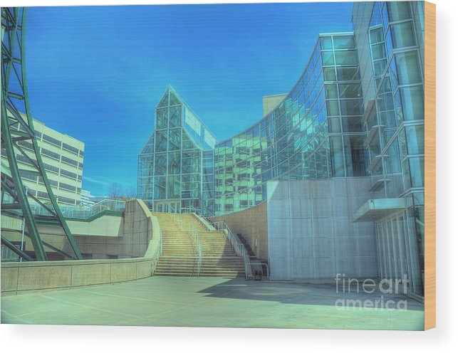 Travel Wood Print featuring the photograph Knoxvillle Tn Convention Center by Ules Barnwell