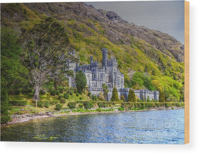 Irland Wood Print featuring the photograph Kylemore Abbey by Juergen Klust