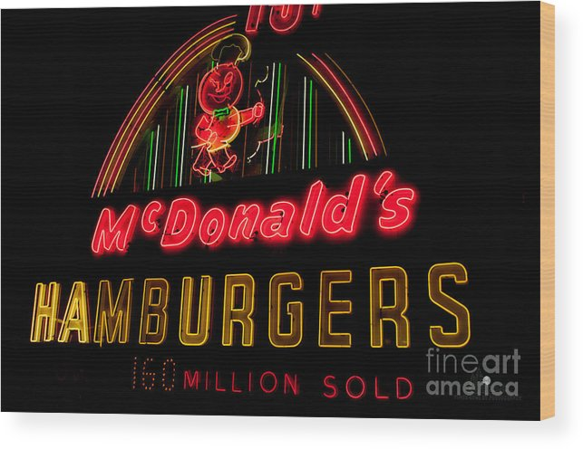 Hamburgers Wood Print featuring the photograph Mcdonalds Sign by Ronald Grogan
