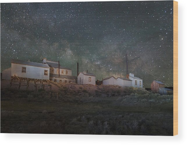 Bodie Wood Print featuring the photograph Milky Way Over Standard Mill by Jeff Sullivan