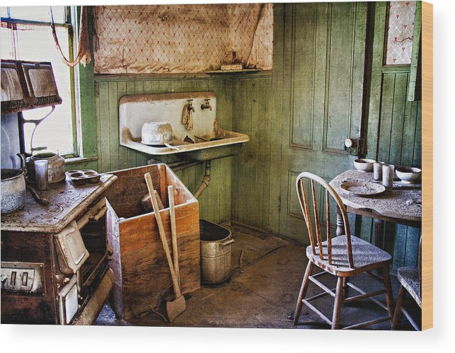 Bodie Wood Print featuring the photograph Miller Kitchen by Lana Trussell