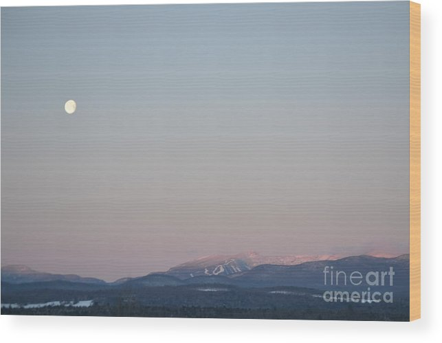 New England Wood Print featuring the photograph Moonset Over Mt. Mansfield by Susan Russo