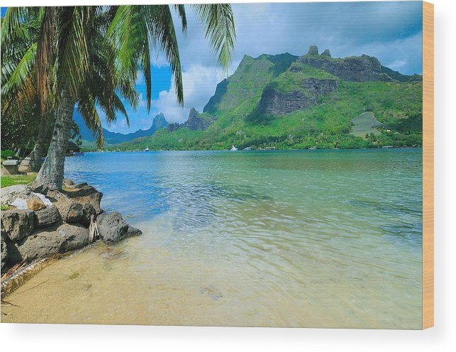Moorea Wood Print featuring the photograph Moorea On My Mind by Jim Southwell