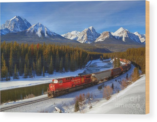 Cp Rail Wood Print featuring the photograph Morant's Curve by James Anderson
