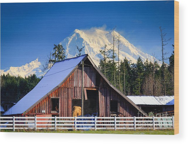 America Wood Print featuring the photograph Mount Rainier And Barn by Inge Johnsson