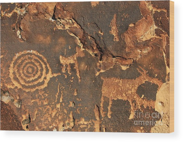 Hieroglyphs Wood Print featuring the photograph Nine Mile Canyon 2 by Roxie Crouch