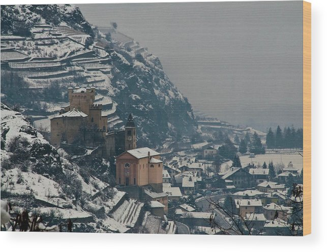 Italy Wood Print featuring the photograph Overlooked by Jim Southwell
