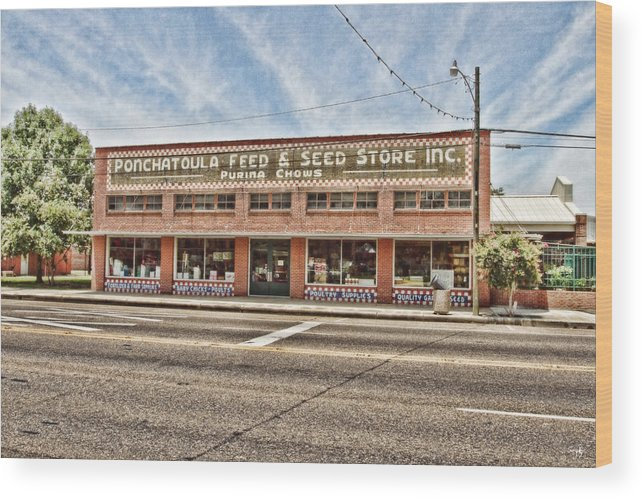 Ponchatoula Wood Print featuring the photograph Ponchatoula Feed And Seed by Scott Pellegrin