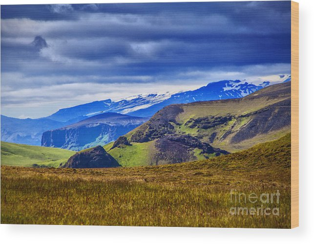 Iceland Solitude Land Beauty Sky Scenes Wood Print featuring the photograph Quiet Hill by Rick Bragan