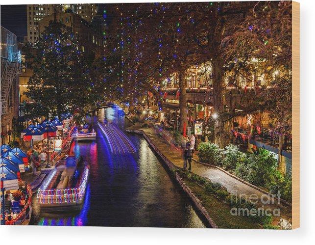 San Antonio Riverwalk Christmas.San Antonio Riverwalk During Christmas Wood Print