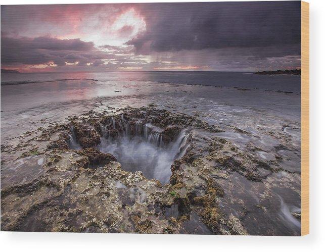 Hawaii Wood Print featuring the photograph Sharks Mouth Cove by Robert Aycock
