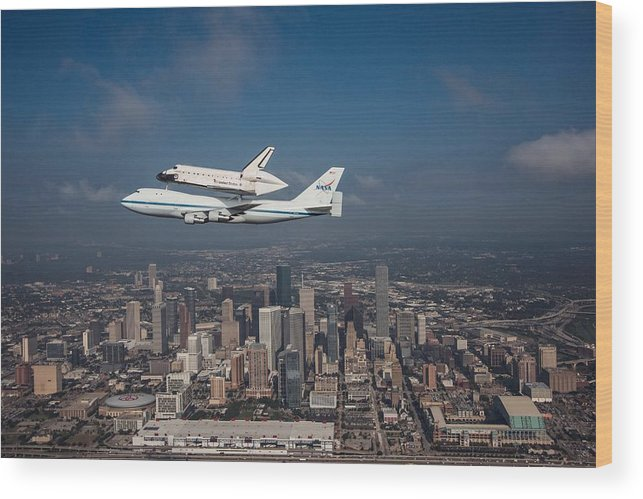 Space Shuttle Wood Print featuring the photograph Space Shuttle Endeavour Over Houston Texas by Movie Poster Prints