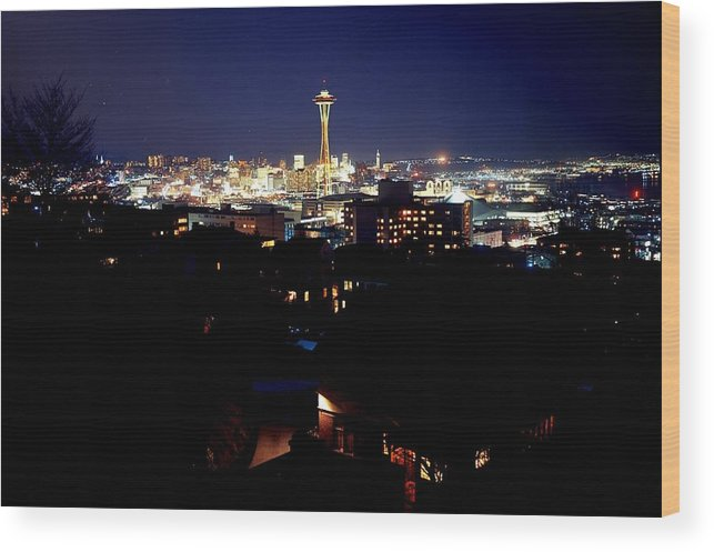 Space Needle Wood Print featuring the photograph Still The One by Benjamin Yeager