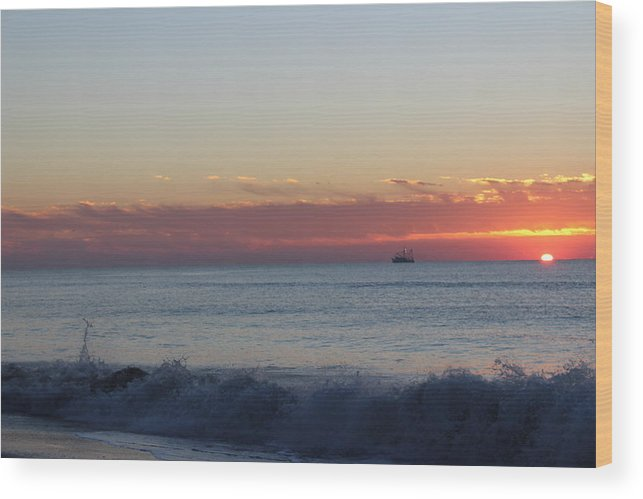 Just Another Wonderful Sunrise In Paradise!!! Wood Print featuring the photograph Sun N Waves At Dawn by Mike Jarrett