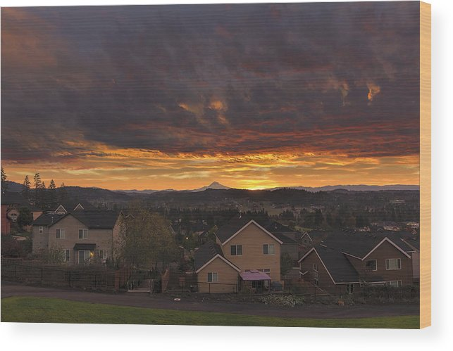 Sunrise Wood Print featuring the photograph Sunrise Over Happy Valley by David Gn