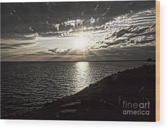 Sunset Wood Print featuring the photograph Sunset Over The Lake by Jim Lepard