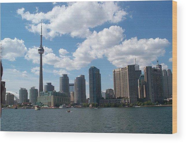 Toronto Wood Print featuring the photograph Toronto Skyline by Barbara McDevitt